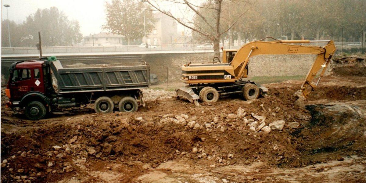 Excavació a la Pista de Vic (2001)